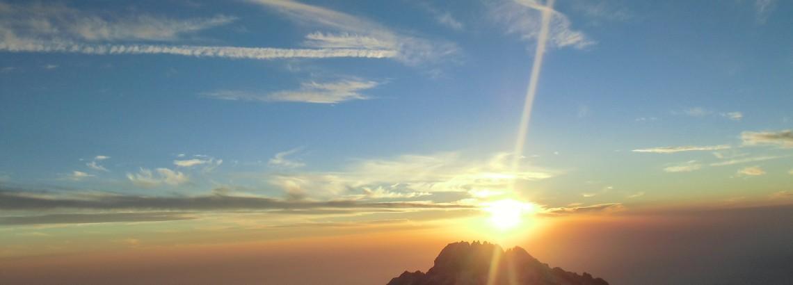 kilimanjaro-574299_1920